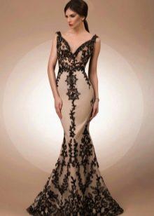 """Платье для женщин с фигурой """"Песочные часы"""""""