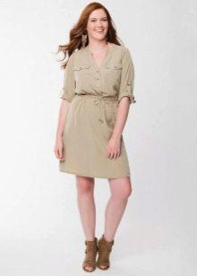 """Платье-рубашка для женщин с фигурой типа """"Яблоко"""""""