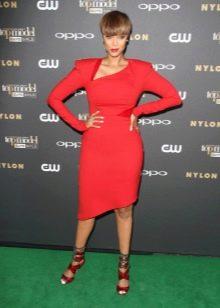 Красное длины миди платье с длинным рукавом