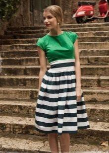 Двухцветное платье с завышенной талией
