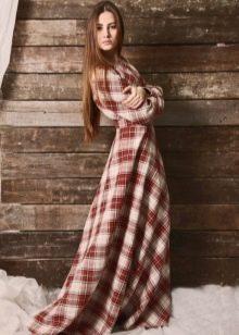 Длинное платье в красную шотландскую клетку