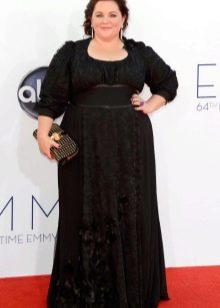 Черное платье в пол с рукавом три четверти для полных