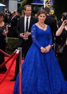 Длинное пышное синее платье из кружева с длинным рукавом для полных