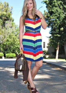 Цветное полосатое платье