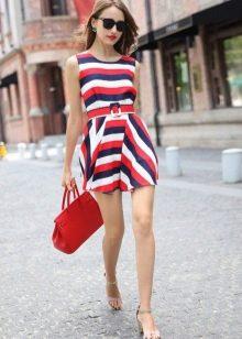 Платье в белую, синюю, красную полоску