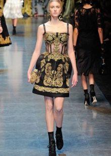 Короткое  платье в стиле барокко