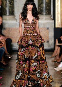 Платье с рюшами в стиле барокко