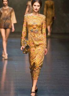 Платье в стиле барокко с рисунком