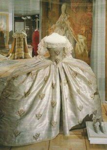 Платье в стиле барокко Екатерины 2
