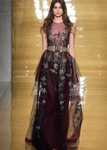 Бордовое платье в стиле барокко