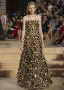 Платье а-силуэта барочное