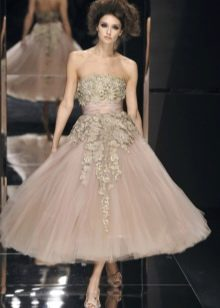 платье с объемным декором