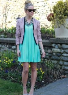 Плиссированное платье с коротким жакетом