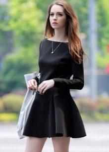 Черное короткое повседневное платье