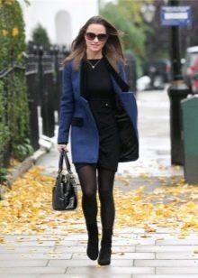 Черное трикотажное повседневное платье с пальто