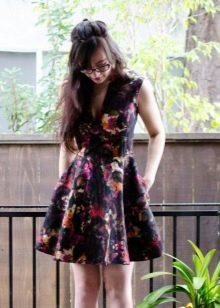 Хлопчатобумажное повседневное платье на лето с цветочным принтом