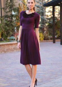Бордовое повседневное платье из тонкого трикотажа