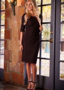 Коричневое повседневное платье -футляр