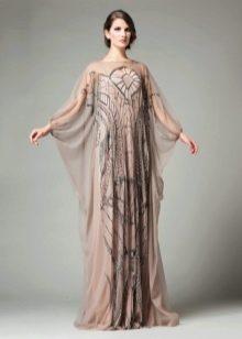 Светло-коричневое расклешенное платье с рукавом летучая мышь