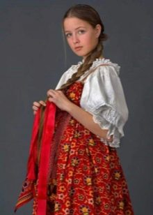 Русский сарафан для молодых жевушек