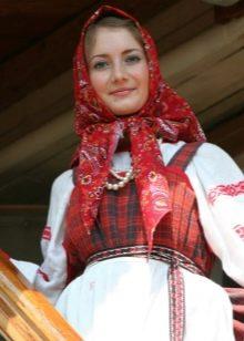 Аксессуары к русскому сарафану