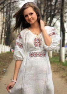 Современный русский сарафан в этническлм стиле и украшения к нему