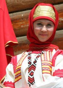 Русский сарафан и аксессуары к нему