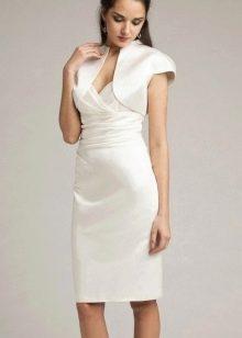 Строгое свадебное платье футляр средней длины в сочетание с балеро