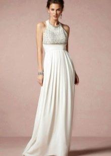 Свадебное платье с завышенной талией с закрытым декольте