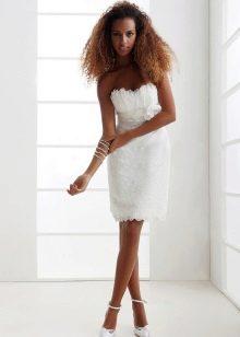 Короткое свадебное платье с завышенной талией