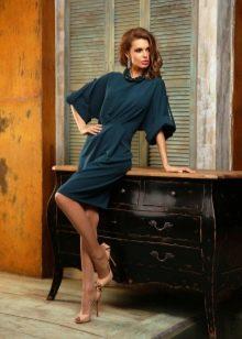 Трикотажное платье летучая мышь синее