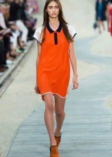 Трикотажное платье в спортивном стиле
