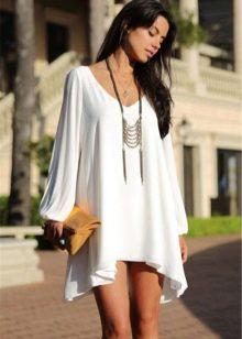 Платье трикотажное со свободным рукавом