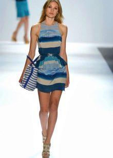 Летнее трикотажное платье с принтом