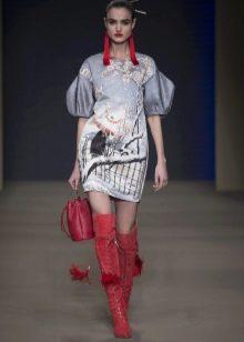 Весеннее платье с рукавом буфом