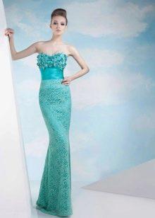 Зеленое платье футляр