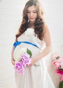 Бант на платье беременной