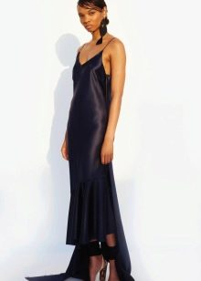 Кожаное платье асимметричное длинное