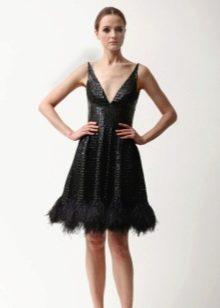 Кожаное платье А-силуэта короткое