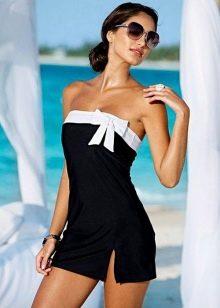 Черное купальное платье-бандо с белой вставкой по лифу