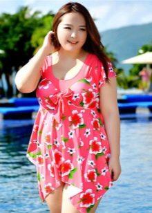 Купальное платье с трапециевидной асимметричной юбкой для полных