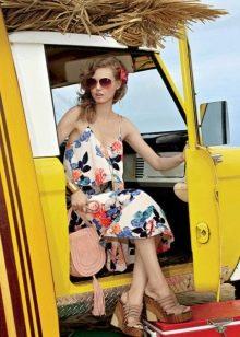 Летнее пляжное цветочное платье