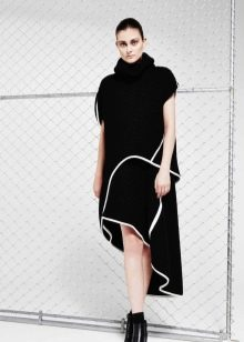 Осеннее платье короткое асимметричное