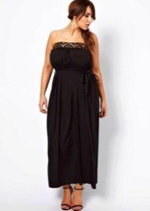 Черное платье-бандо со свободной юбкой по щиколотки для полных женщин