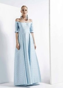 Платье без бретелей А-силуэта