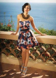 Платье без бретелей А-силуэта в цветочек