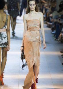 Платье без бретелей от Кавалли
