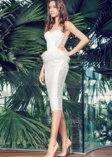 Платье без бретелей свадебное прямое