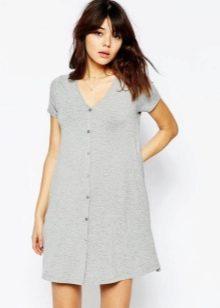 Платье-халат с V-подобным вырезом