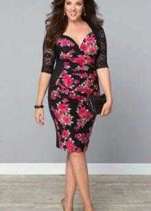 Платье из джерси для полных с цветком